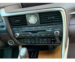 Selling Lexus SUV - Image 4/6