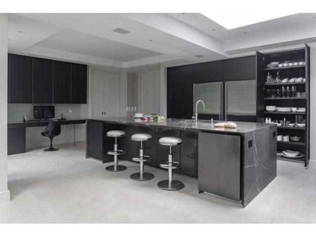Point 5 Kitchens - London, UK - 3/6
